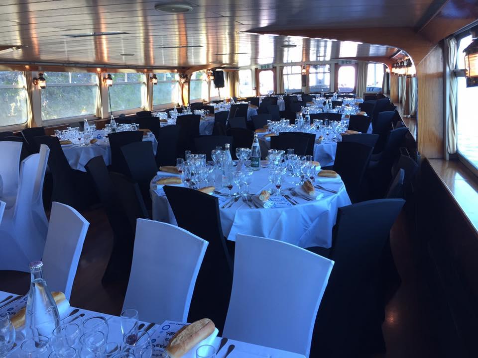 Repas sur le bateau le Tivano